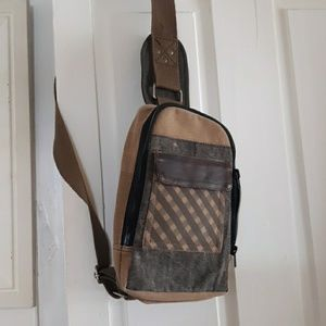 Mona B. Cross-body backpack
